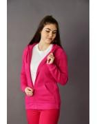 Kapucnis-, és állónyakú női pulóverek